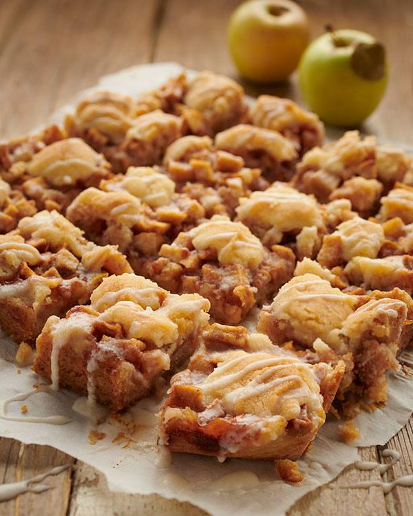 recipe image Apple Pie Cookie Bars