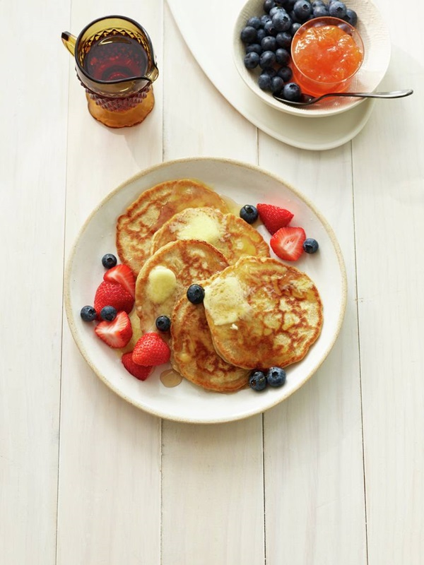 recipe image Fruit-Topped Whole Wheat Pancakes