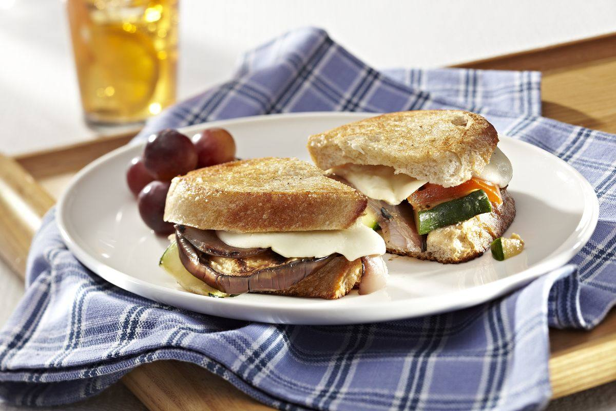 recipe image Grilled Cheese & Veggie Sandwiches