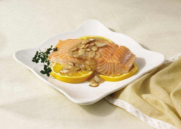 recipe image Salmon with Citrus Sauce