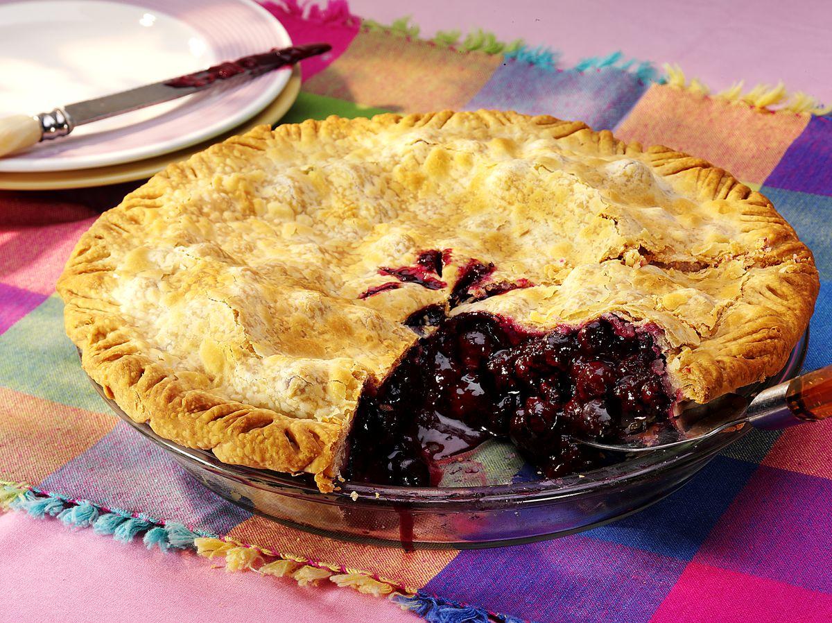 Buttery Blueberry Peach Pie