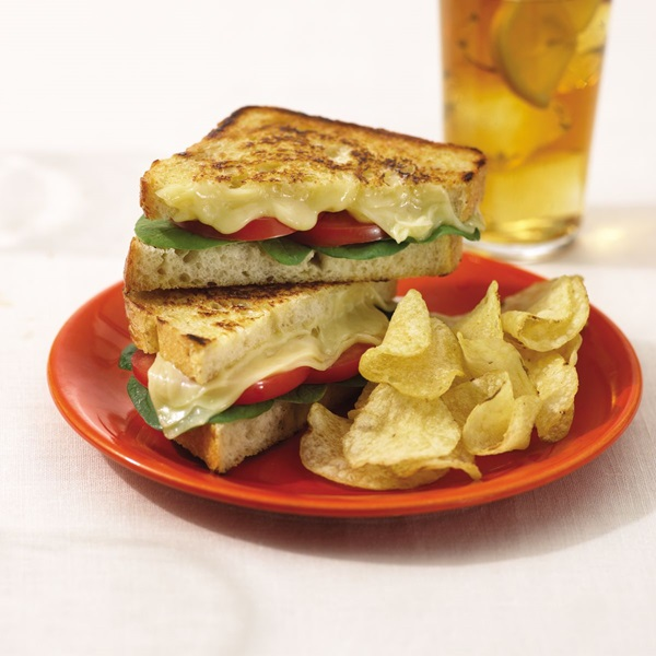 recipe image Tomato & Swiss Grilled Sandwiches